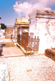 2010 St Louis Cemetery 14