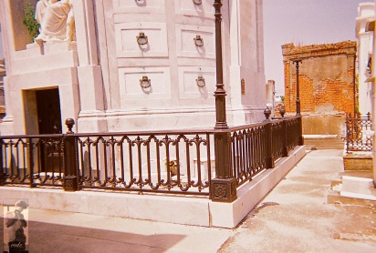 2010 St Louis Cemetery 15