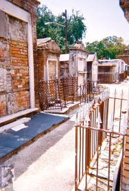 2010 St Louis Cemetery 17