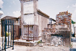 2010 St Louis Cemetery 6