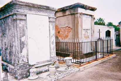 2010 St Louis Cemetery 7
