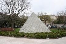 2018 04-06 Sculpture Garden 04