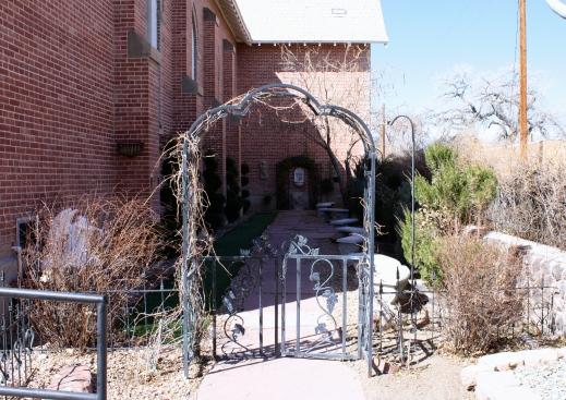 2011 Santa Fe, NM 89